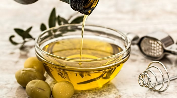 alimentos con testosterona como el aceite de oliva