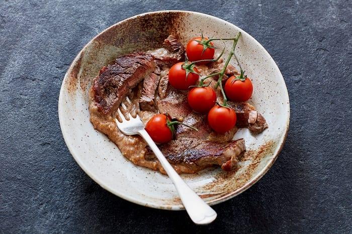 Carne con salsa de cacahuete