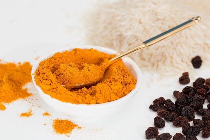 alimentos vasodilatadores como la cúrcuma