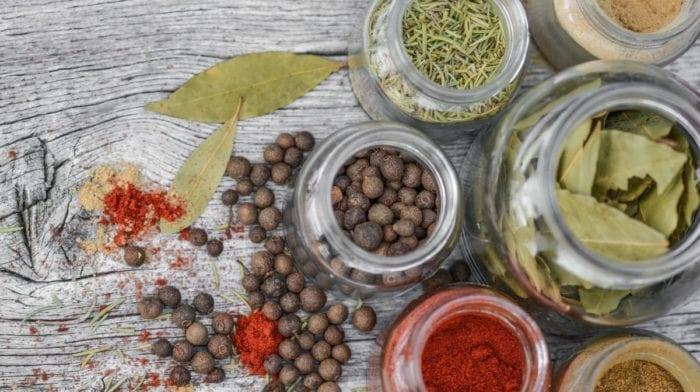 10 Especias Saludables que puedes añadir en tus comidas