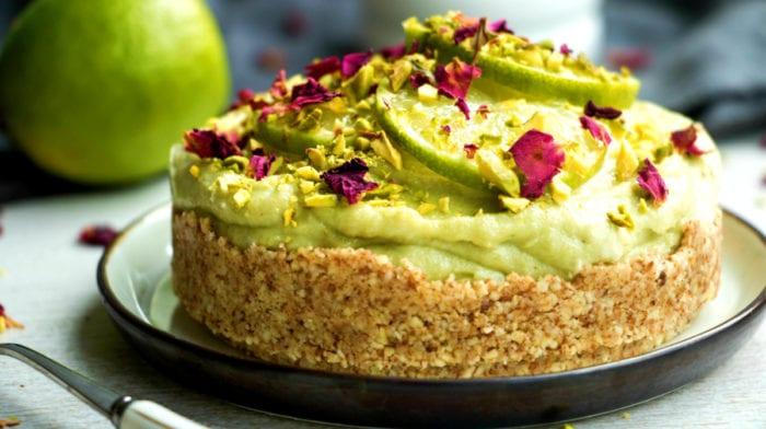 Cheesecake con aguacate y lima | Cheesecake vegano sin horno