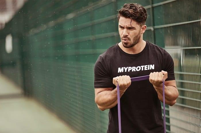 ejercicios para entrenar bíceps en casa