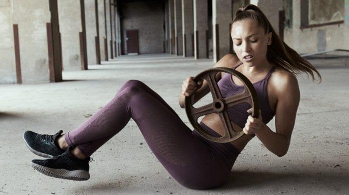 3 minutos diarios de planchas para marcar abdominales en 4 semanas