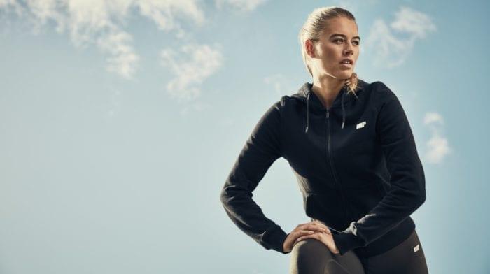 10 ejercicios con step para quemar grasa y tonificar