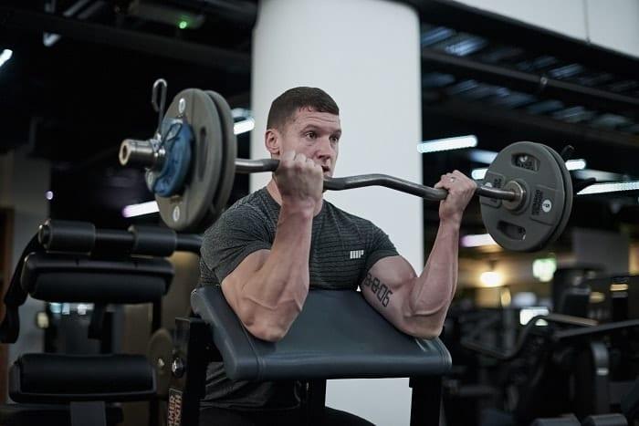 entrenamiento para brazos nivel intermedio