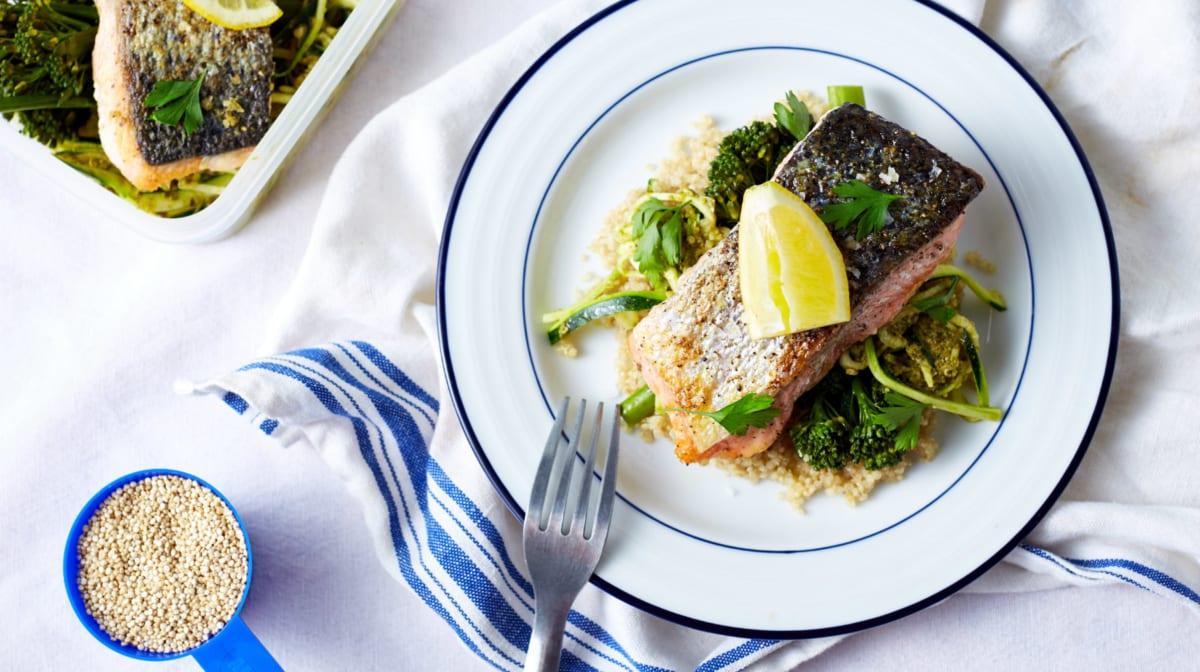 salmón con verduras post entreno