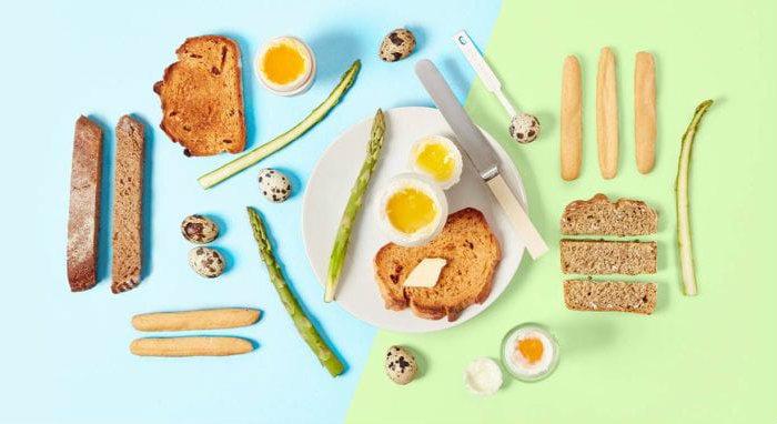 desayuno proteico de huevos pasados por agua