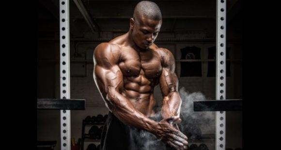 Tuck Squat | Come Si Esegue? Muscoli Coinvolti Ed Errori Comuni