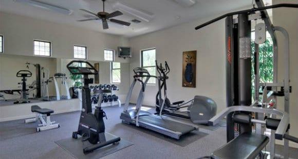 6 Attrezzi da Palestra Per la Tua Home Gym
