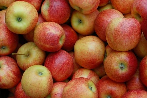 apples-379870_960_720