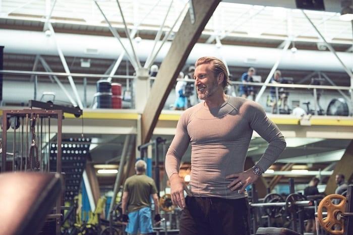 Dumbbell snatch | Come si esegue? Muscoli coinvolti, errori comuni