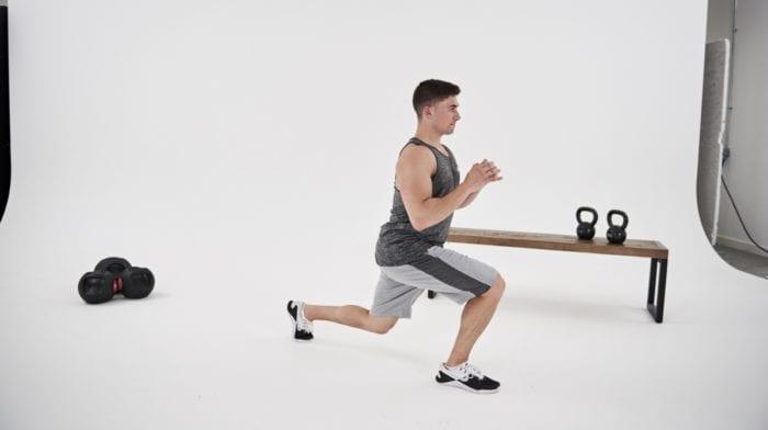 Affondi in movimento | Come si eseguono? Muscoli coinvolti ed errori comuni
