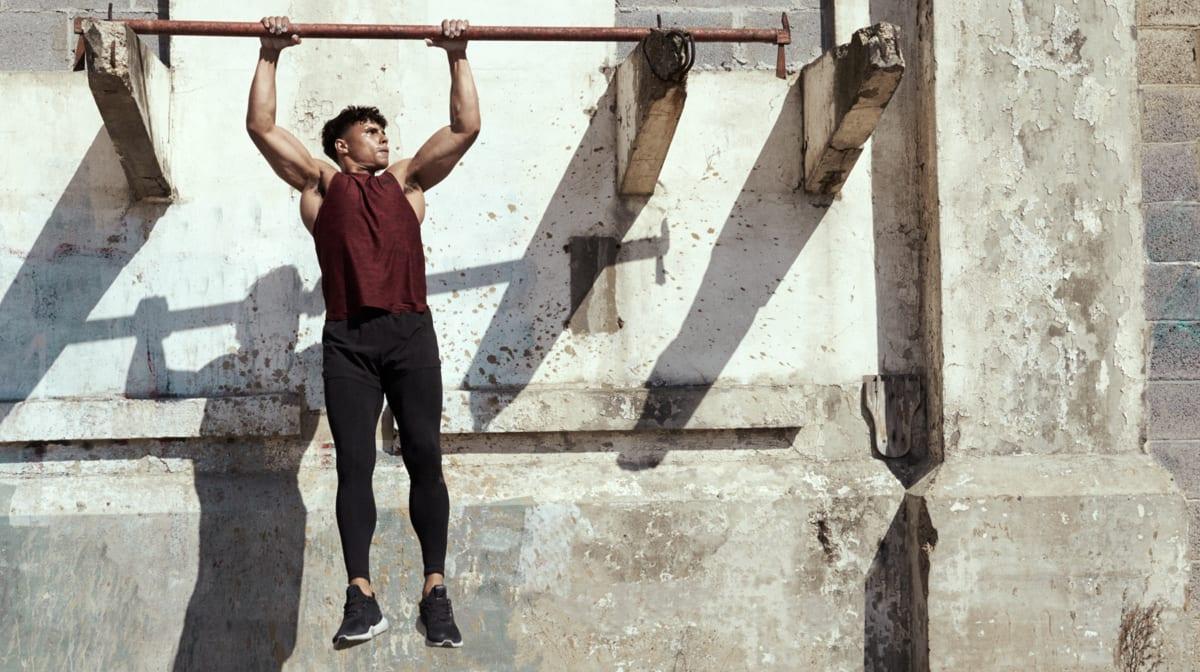 Addominali alla sbarra | I 5 esercizi da conoscere
