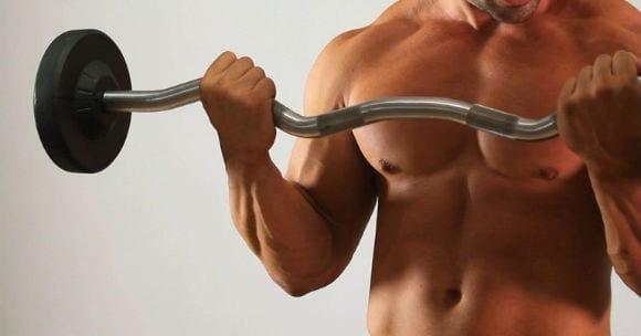 Curl com Barra melhores exercícios para biceps