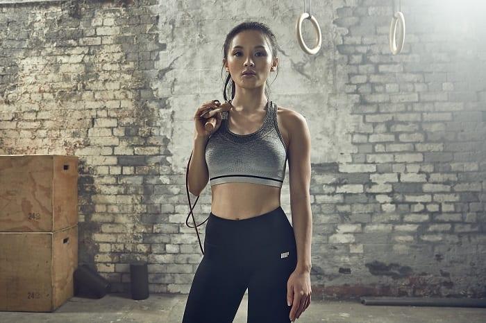 atleta_feminina_saltar_corda
