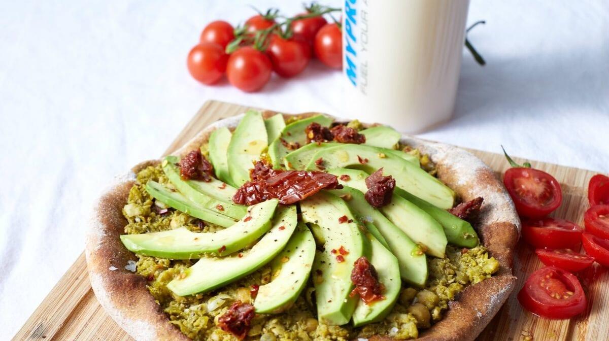 Jantar Vegan em 15 minutos | Pizza em tosta de abacate