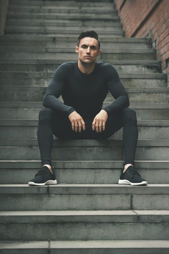 atleta_myprotein_masculino_pose