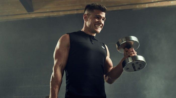 Os 6 melhores exercícios para bíceps e tríceps