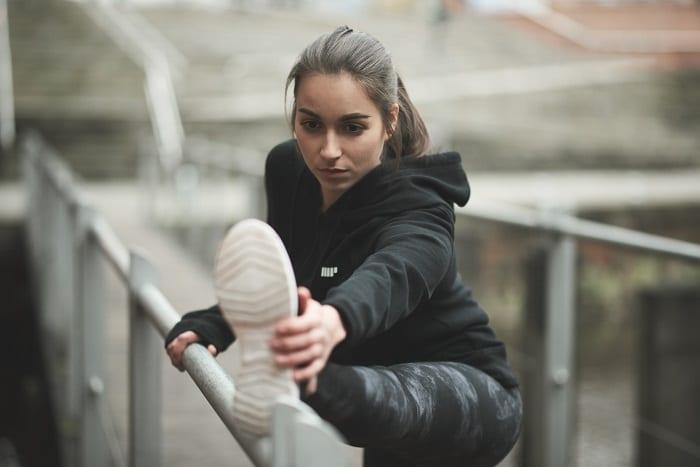 atleta_alongamentos_tomar_creatina