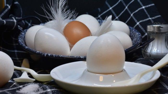 Comer ovos faz aumentar os níveis de colesterol?