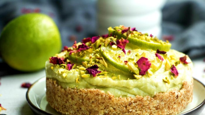 Cheesecake de Abacate e Lima | Cheesecake Vegan Sem Cozedura