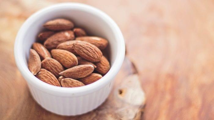 Mel e Amêndoas: receitas de snacks saudáveis