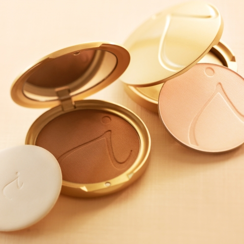 How To Apply Jane Iredale PurePressed Foundation