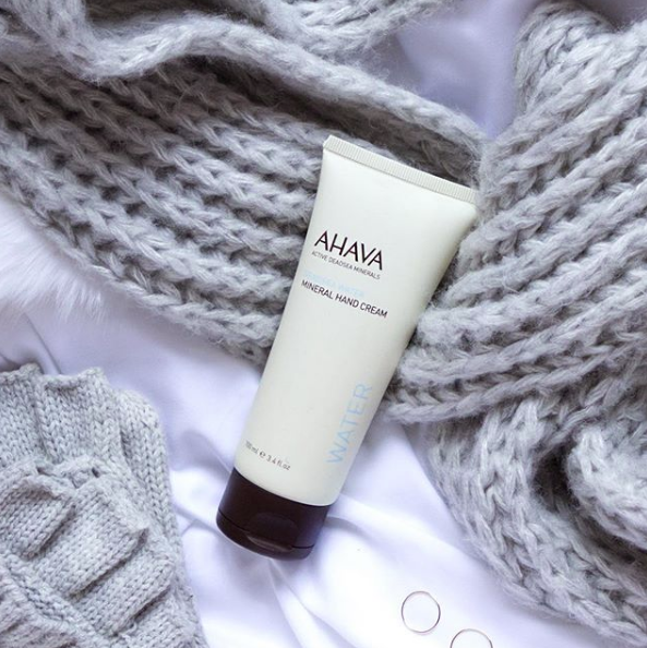 How to maintain your shellac nails manicure AHAVA Mineral Hand Cream