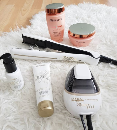 L'Oreal Professionnel SteamPod Straightening Styling System flatlay