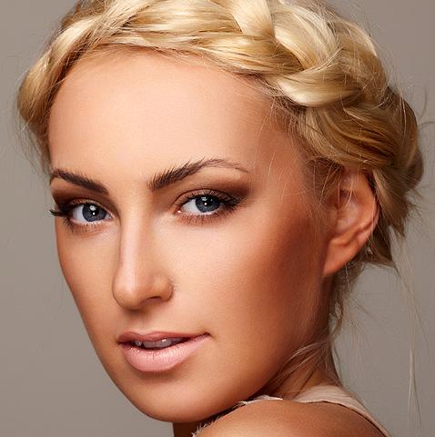 summer runway makeup