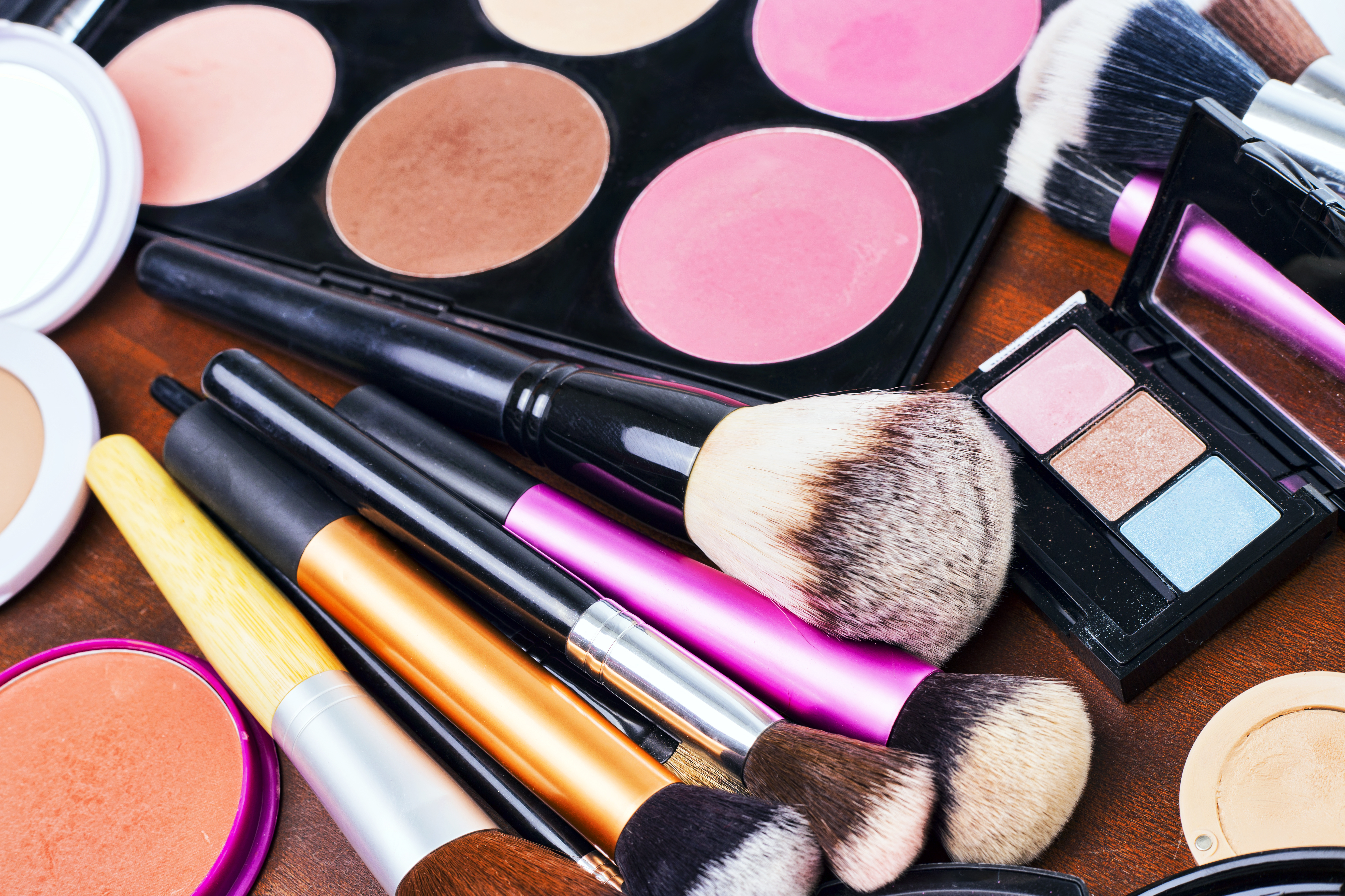 The Products on Every Beauty Addicts Lips