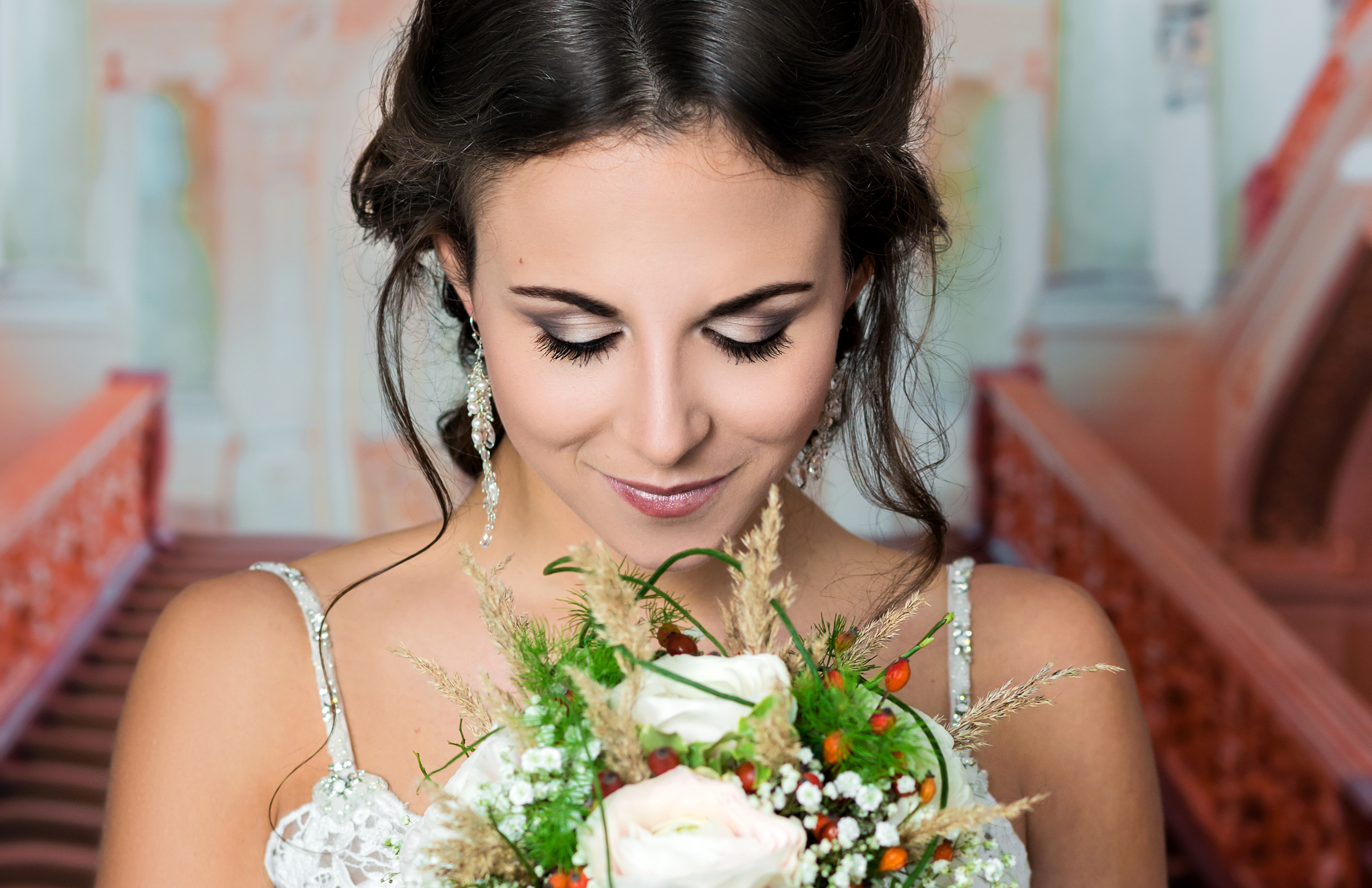 9 Tips for Flawless DIY Wedding Makeup