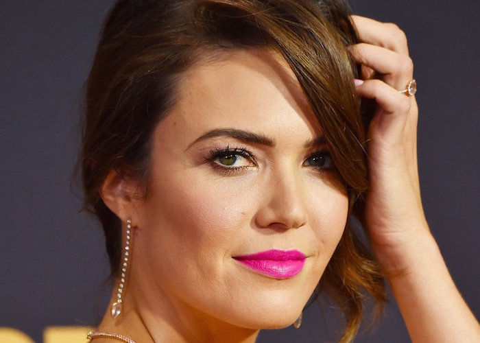 Mandy Moore Emmy Awards 2017