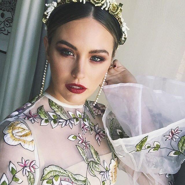 Jesinta Campbell Caulfield Cup 2016 makeup look Melbourne Cup inspiration