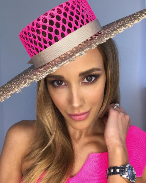 Bec Judd Melbourne Cup 2017 look outfit hot pink