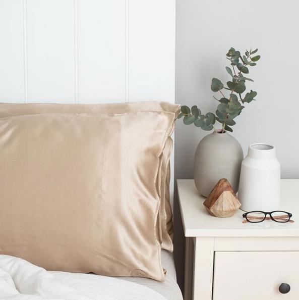 The Goodnight Co sleep solutions Silk Pillowcase sleep spray