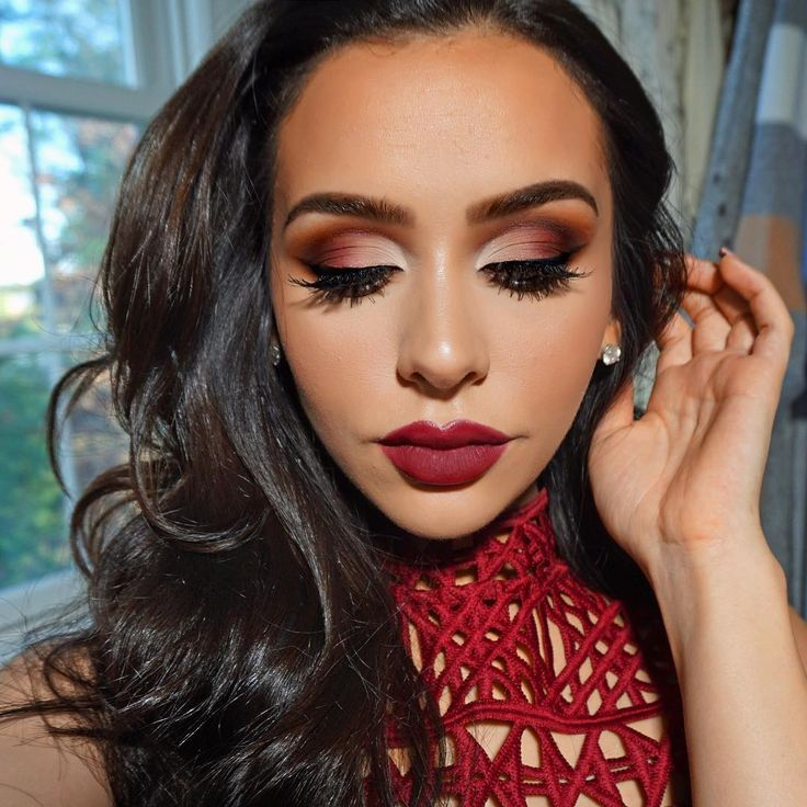 4 Christmas Party Makeup Looks to Get You in the Festive