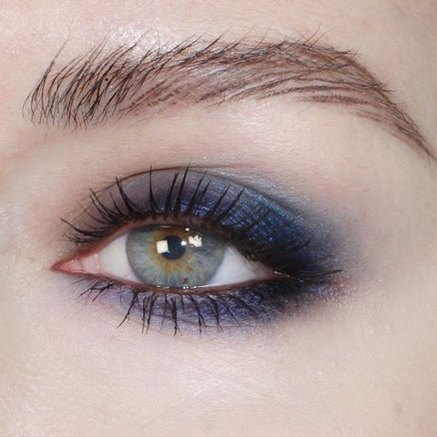 New Year's Eve makeup look coloured smoky eye