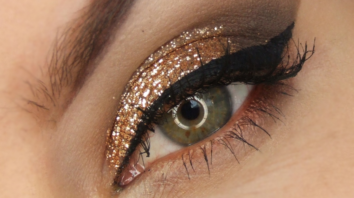 Glam Eye Looks For Your New Year's Eve Makeup Inspo