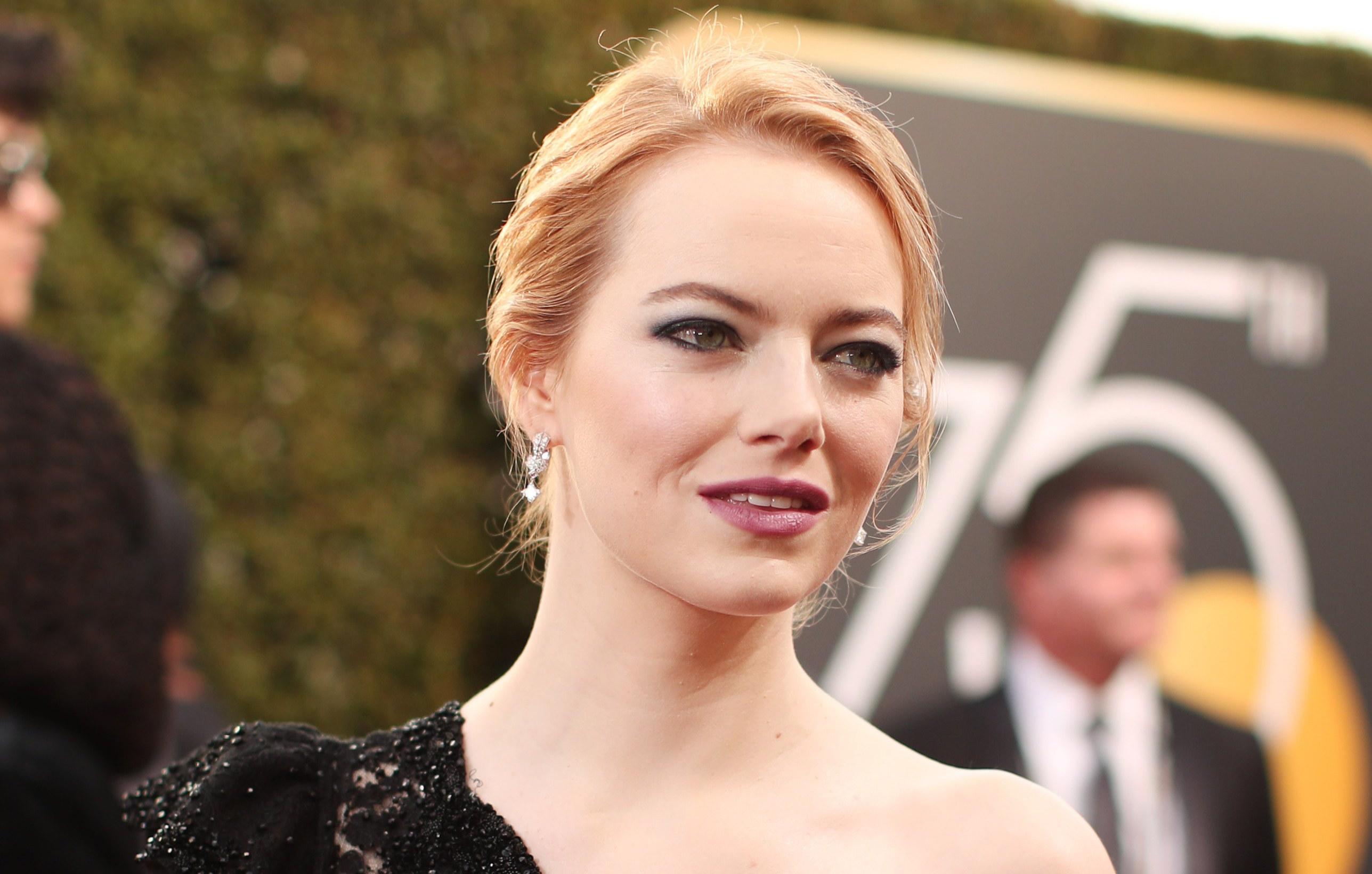 Golden Globes 2018 Emma Stone makeup look