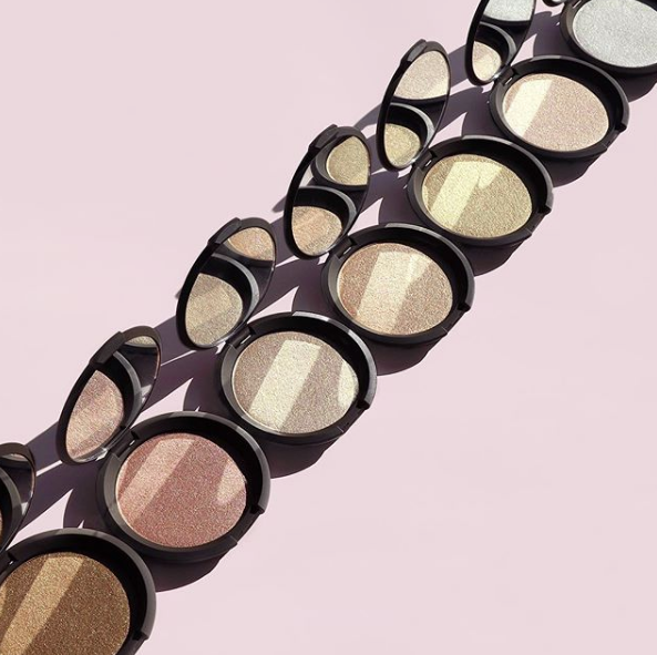 Becca Shimmering Skin Perfector Pressed Best Highlighter Under $70