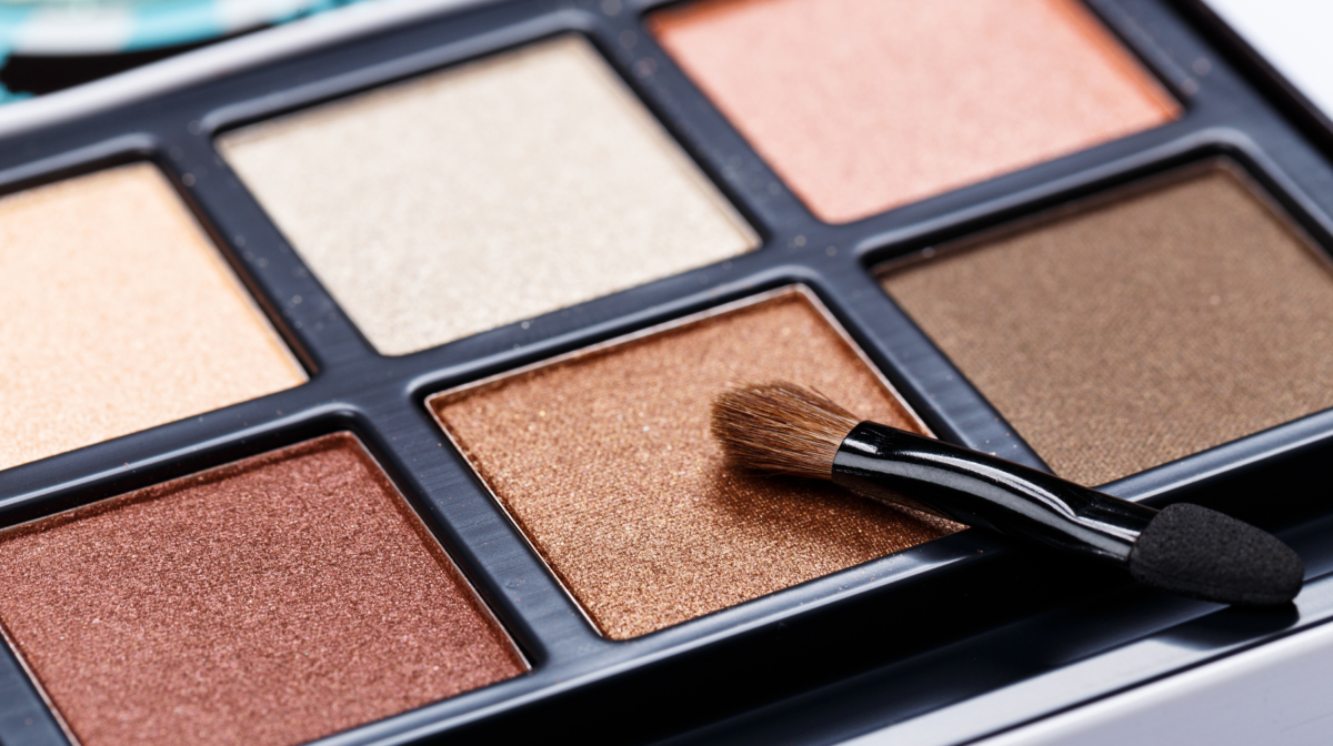 Makeup Shelf Life: How Long Do Products Last?