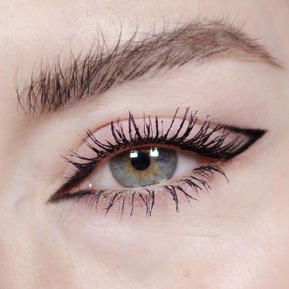 Graphic Eyeliner High Fashion Eye Makeup Looks