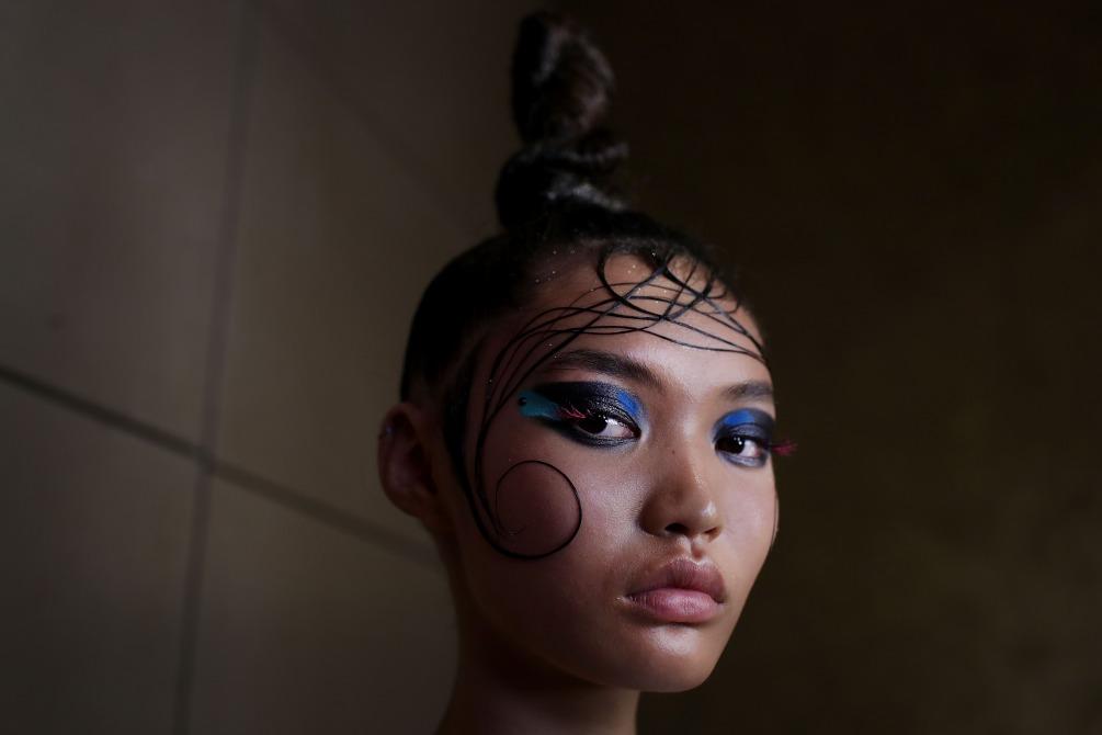 Fashion Week Beauty Looks MBFWA Romance Was Born