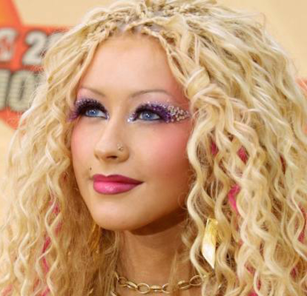 2000s Beauty Trends Glitter Christina Aguilera