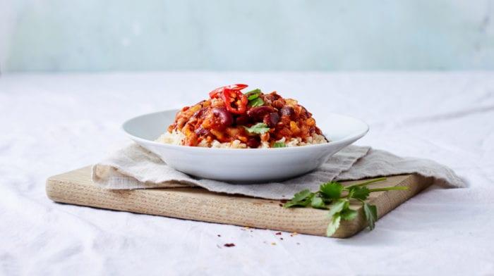 Fiery Five Bean Chili Curry | Snelle, lekkere vegan recepten