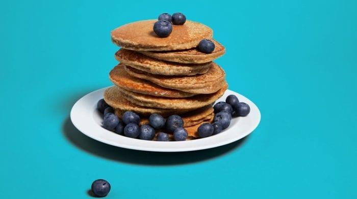 Deze pancakes – met slechts 4 ingrediënten- zijn verrukkelijk