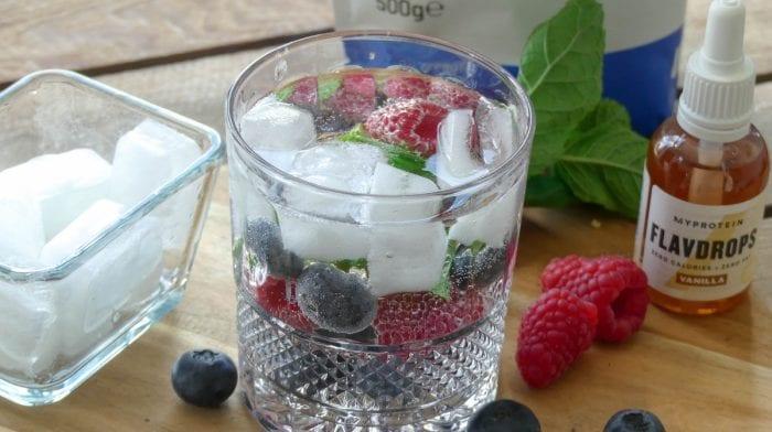 Fris drankje met BCAA ijsklontjes