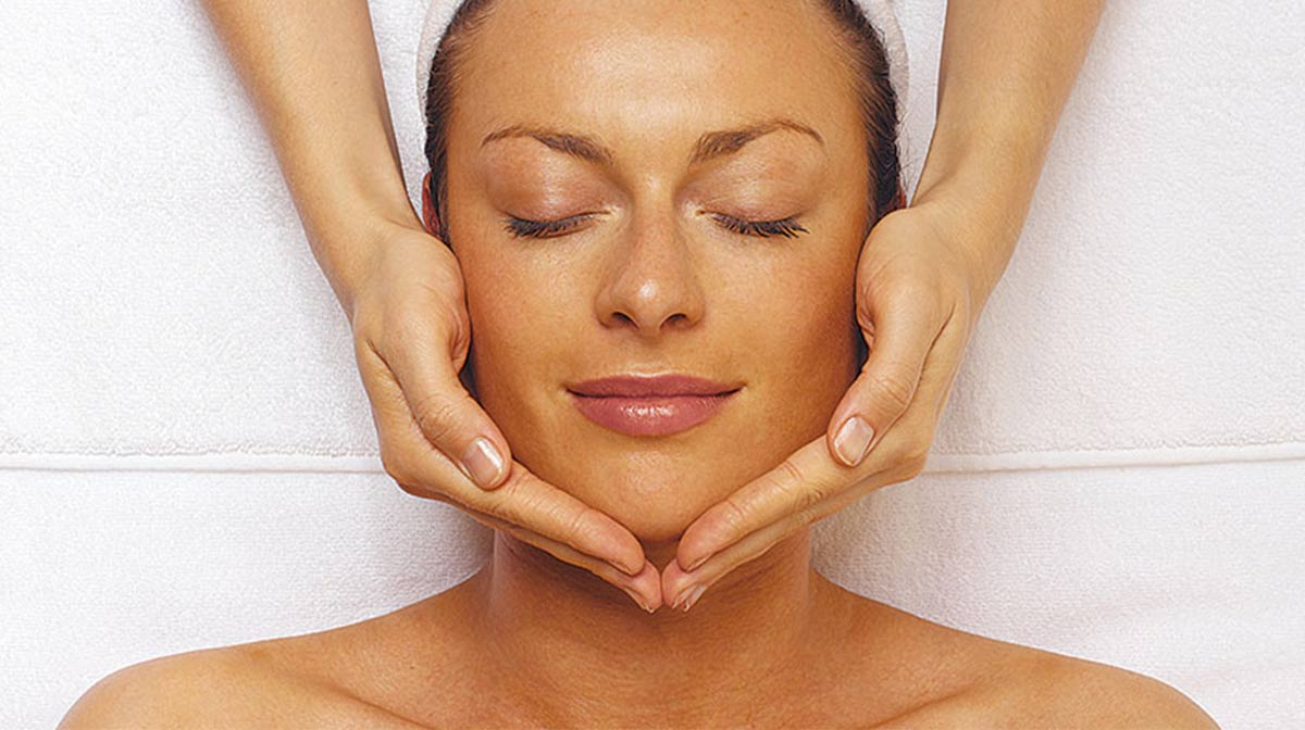 The Benefits of a Facial
