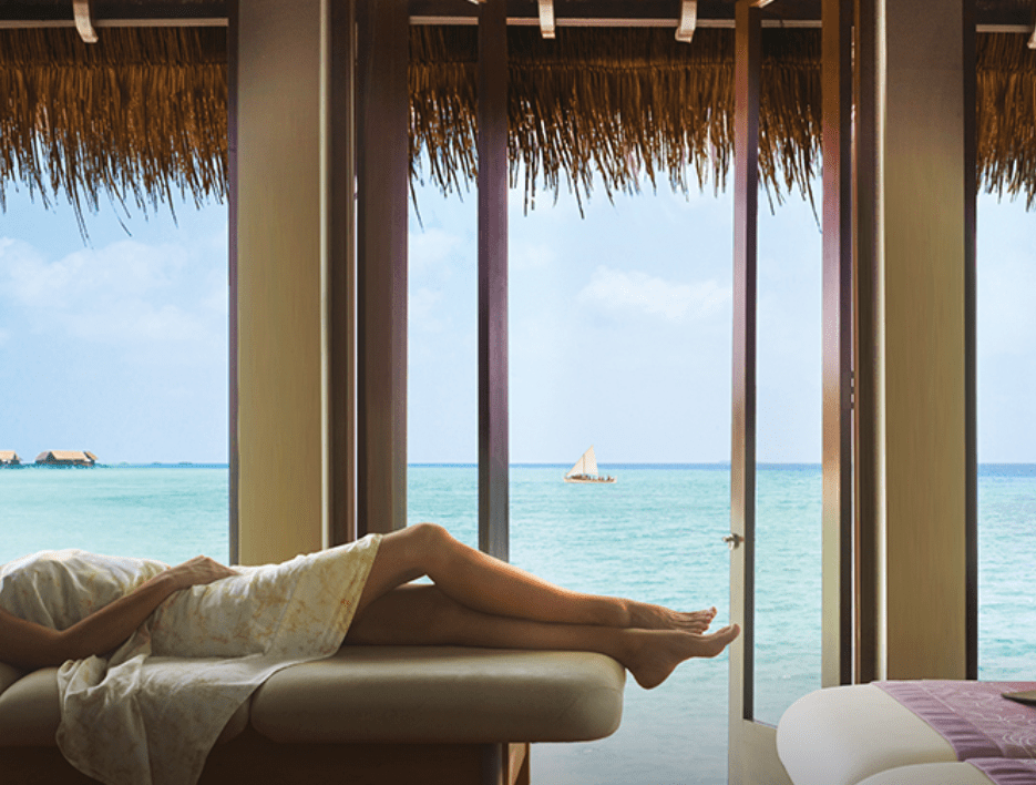 One&Only Reethi Rah treatment room overlooking the sea